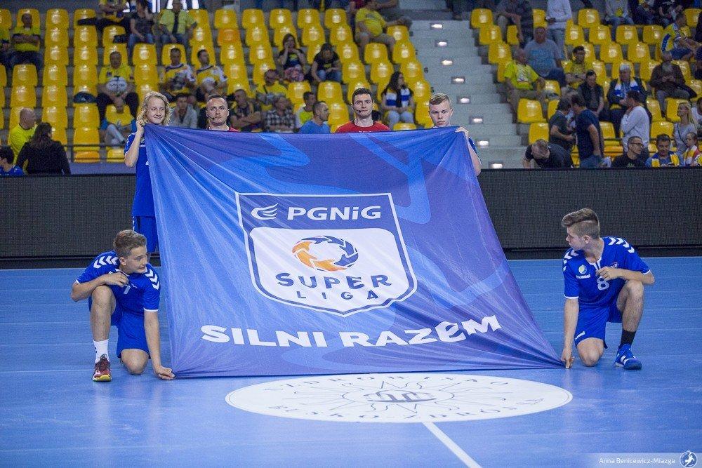 Superliga chce wrócić do gry we wrześniu. Powołano zespół doradczy, który ma w tym pomóc - Piłka ręczna - handballnews.pl
